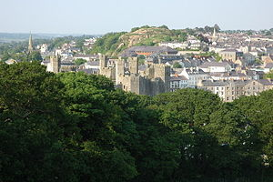 Caernarfon viewed from the folly.jpg