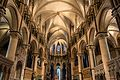 Canterbury Cathedral - Interior 03.jpg