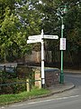 Cast iron signpost - geograph.org.uk - 1014449.jpg