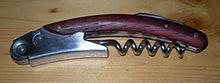 Un esempio di cavatappi usato dai sommelier