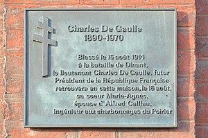 Charleroi - plaque Charles De Gaulle - rue d'Assaut 28.jpg