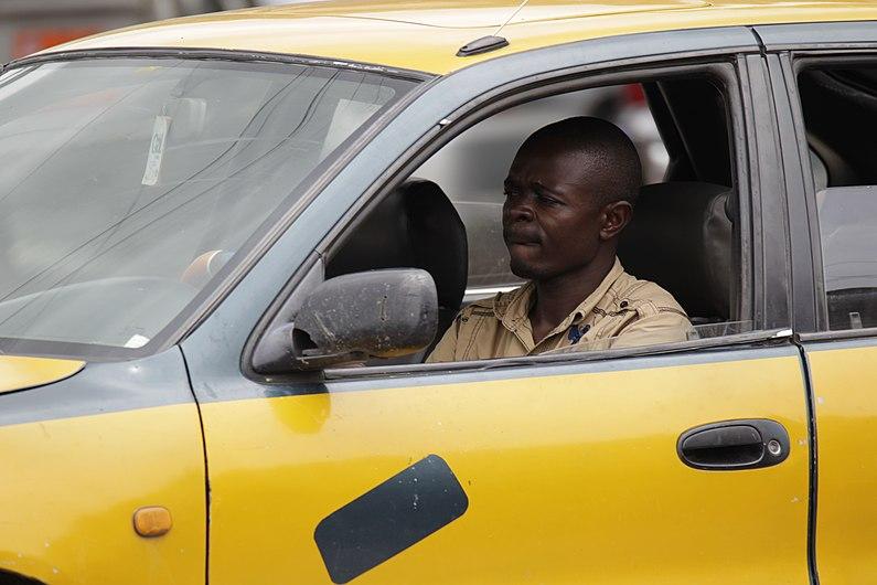 Chauffeur de taxi.jpg