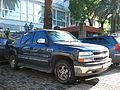 Chevrolet 2500 Suburban LT 2003 (9612392760).jpg