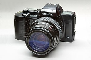 Chinon Industries - Chinon CP-9 AF with Autofocus lens 35-135mm