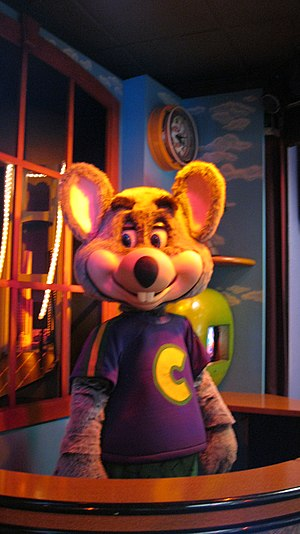 Chuck E. Cheese's - Chuck E. Cheese animatronic in 2014