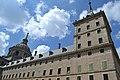 Cimborrio de la Basílica y Torre derecha de la Fachada Este del Monasterio de El Escorial 01.JPG