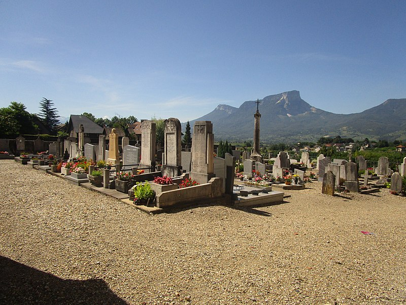 The cemetery of Saint-Jeoire-Prieuré on August 3, 2016.