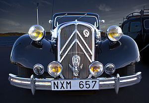 Citroën - 1940s Citroën Traction Avant in Vaxholm, Sweden 2012