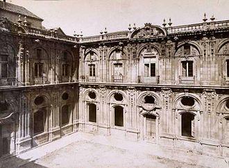 Convento de Santo Tomás (Madrid) - Cloister of the Convento de Santo Tomás (c. 1875).