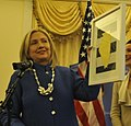 Clinton (7328468244) (cropped).jpg