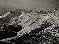 """Col di Lana, Monte Sief, Siefsattel, im Hintergrund Marmolata, im Vordergrund eigene """"Zipfelwache"""" , von Sasso di Stria gesehen. (BildID 15578465).jpg"""