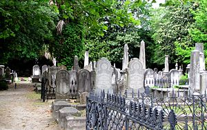 Coming Street Cemetery - Image: Coming street cemetery sc 1