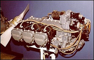 Flat-six engine - Continental O-470-13A air-cooled aircraft engine