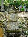 Couze-et-Saint-Front cimetière pierre tombale (4).JPG