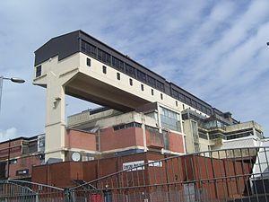 Cumbernauld town centre - Image: Cumbernauld Town Centre building geograph.org.uk 3585279