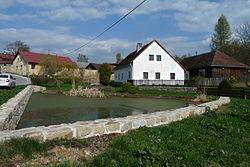 Dívčí Kopy, rybník 02.jpg