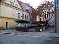 Děčín IV-Podmokly, Husovo náměstí, tržiště.jpg