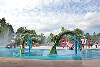 Toronto Zoo - In 2001, the Toronto Zoo opened an educational water play area known as Splash Island.
