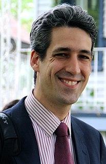 Daniel Biss American mathematician and politician