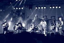 La Davide Van De Sfroos Band in concerto