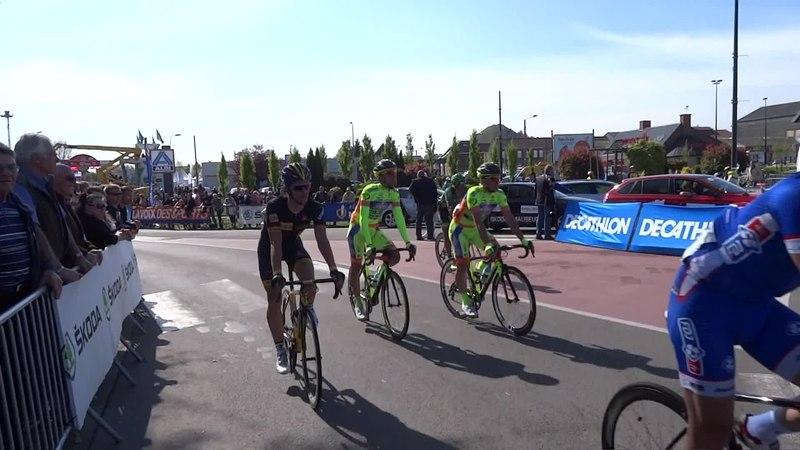 File:Denain - Grand Prix de Denain, le 17 avril 2014 (A413A).ogv
