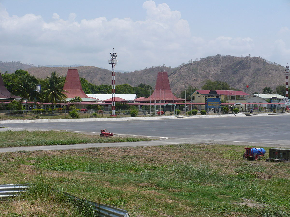 Aeroporto Comoro : Presidente nicolau lobato international airport wikipedia