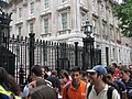 Downing St with people (2234032299).jpg