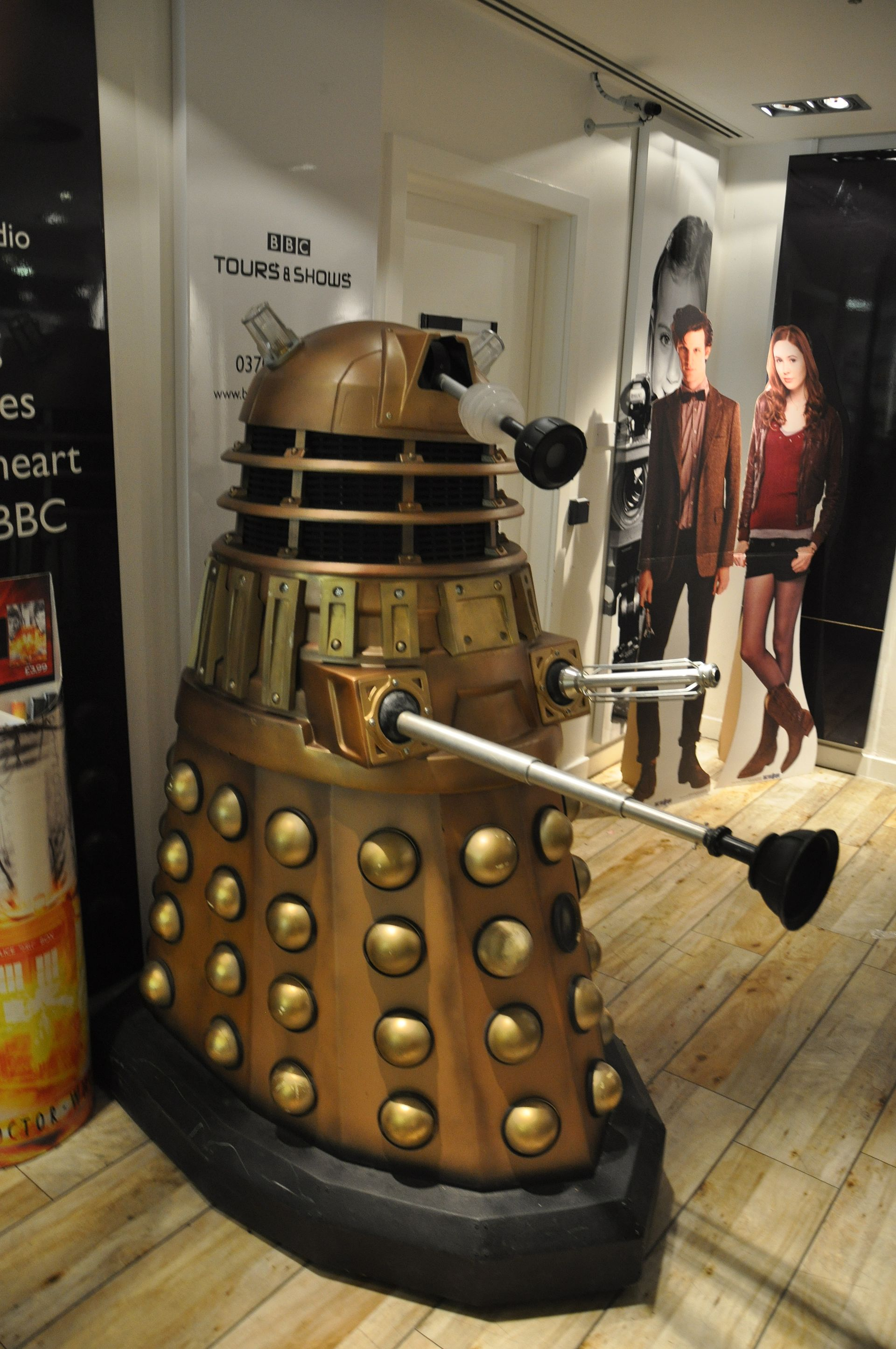 Dalek - Wikipedia  Dalek - Wikiped...