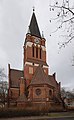 Dreifaltigkeitskirche Berlin-Lankwitz Südansicht (2010).jpg