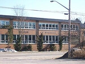 Rivière-Rouge - Du Méandre School