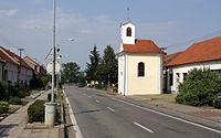 Dvorska - kaple na ulici Zapletalova.jpg