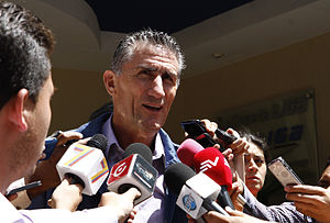 Edgardo Bauza - Edgardo Bauza speaking to reporters in 2015