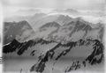 ETH-BIB-Val Medel, Val Curnera, Piz Gannaretsch, Piz Medel v. W. aus 3500 m-Inlandflüge-LBS MH01-003380.tif