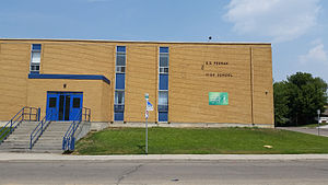 E D Feehan Catholic High School (Saskatoon).jpg