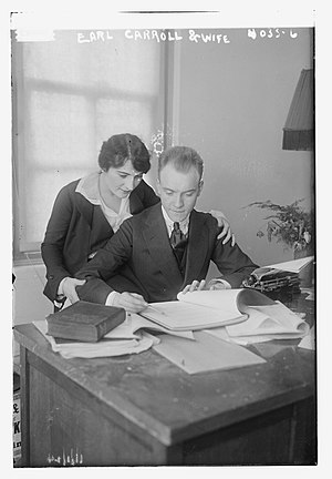 Earl Carroll - Earl Carroll and wife in 1916