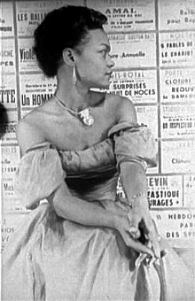 Eartha Kitt (1952).jpg