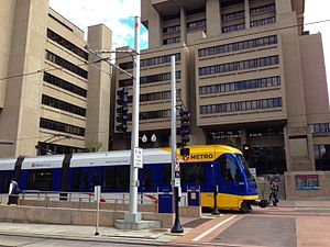 East Bank Station (Metro Transit Green Line) 12.jpg