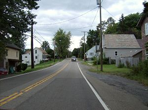 East Springfield, Ohio - Travelling through East Springfield on State Route 43