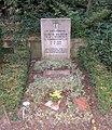 Ehrengrab Hüttenweg 47 (Dahl) Ulrich Wilhelm Graf von Schwerin von Schwanenfeld.jpg