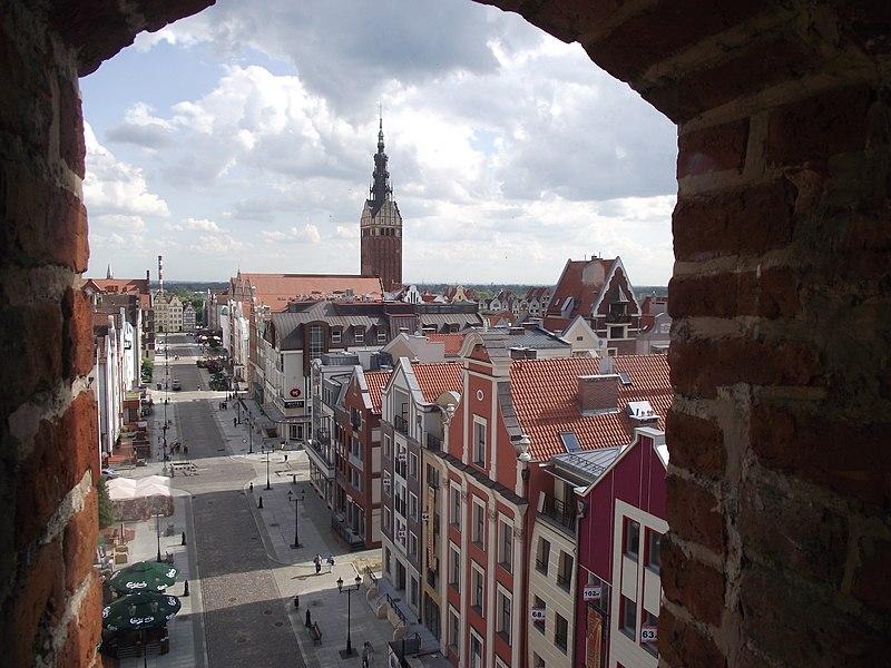 File:Elbląg - widok z bramy targowej - panoramio.jpg