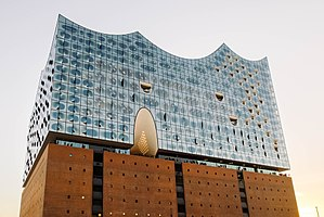 Elbphilharmonie (Hamburg, Germany) in 2016, by Robert Katzki.jpg
