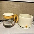 Electric hot water keeper Chonyu-jozu02.jpg