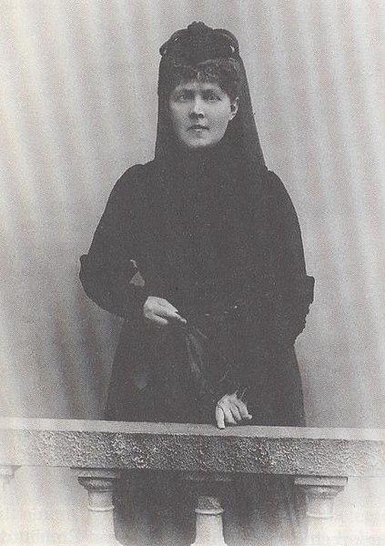 Ill. 2: Fotografisk portrett av Elisabeth Förster Nietzsche. Bildet er hentet fra: http://no.wikipedia.org/wiki/Fil:Elisabeth_f%C3%B6rster_1894a.JPG