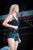 Ellie Goulding - Ilosaarirock 2014 2.jpg