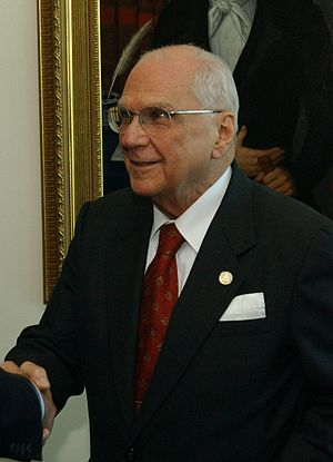 Enrique Bolaños - Enrique Bolaños during a visit of United States Secretary of Defense Donald Rumsfeld to Managua in 2004