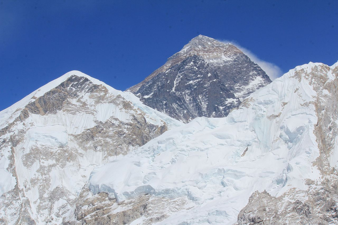 1280px Everest from Kalatop April 2015