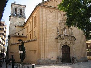 Fachada de la Real Colegiata de San Hipólito