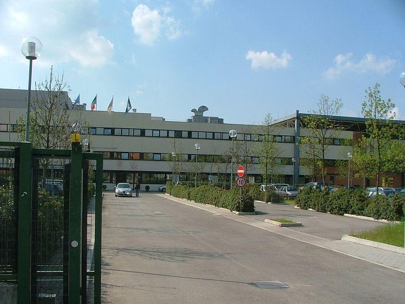 File:Facolta Veterinaria Bologna.jpg