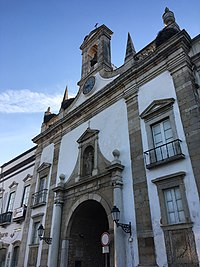 Faro (32557657988).jpg