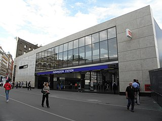 Farringdon station Railway and London Underground station